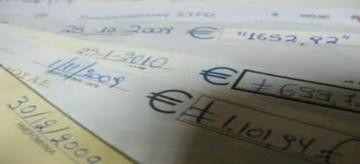 Στο 1,5 δις ευρώ οι ακάλυπτες επιταγές