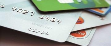 Στη μάχη κατά της φοροδιαφυγής οι χρεωστικές και πιστωτικές κάρτες
