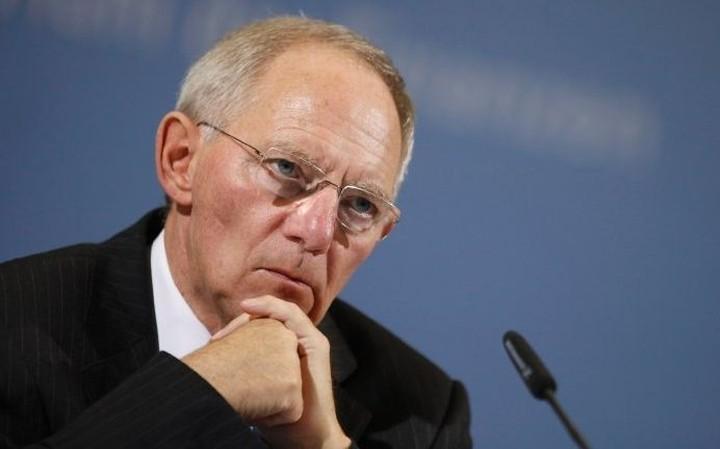 Σόιμπλε: Η Ευρωζώνη αντέχει έξοδο της Ελλάδας
