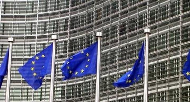 Κομισιόν: Το μέλλον της Ελλάδας είναι στο ευρώ