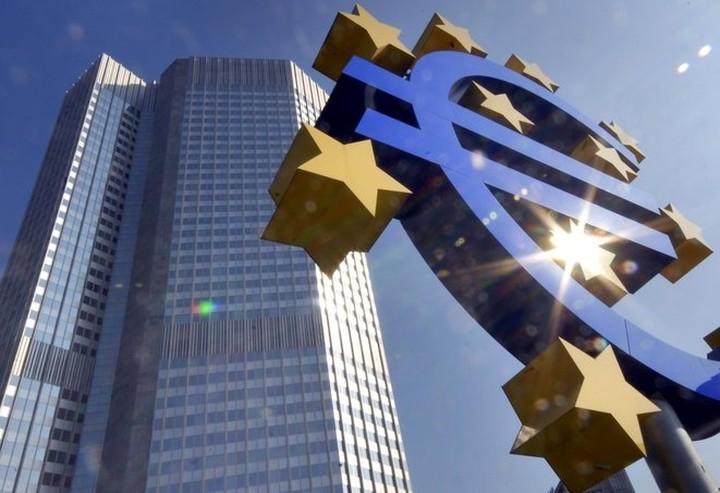 Κομισιόν και ΕΚΤ προετοιμάζονται για πιθανή έξοδο της Ελλάδας από το ευρώ