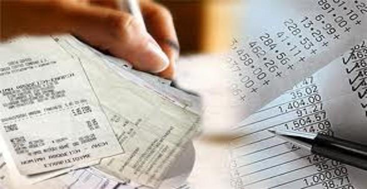 Δείτε ποιοι δεν χρειάζεται να προσκομίσουν αποδείξεις στη φορολογική τους δήλωση