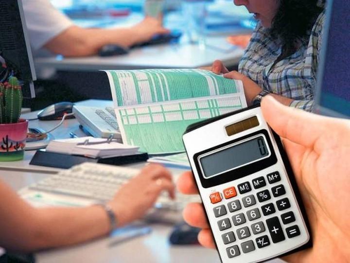 Σε παράταση υποβολής των φορολογικών δηλώσεων προσανατολίζεται το ΥΠΟΙΚ