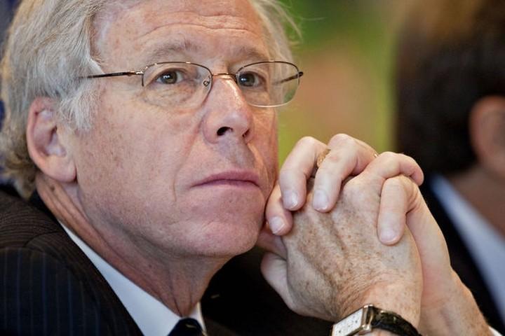 Τσαρλς Νταλάρα: Θα αποσταθεροποιηθεί η παγκόσμια οικονομία από έξοδο της Ελλάδας