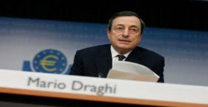 Ο Draghi ζητάει πράξεις απο τους πολιτικούς ηγέτες