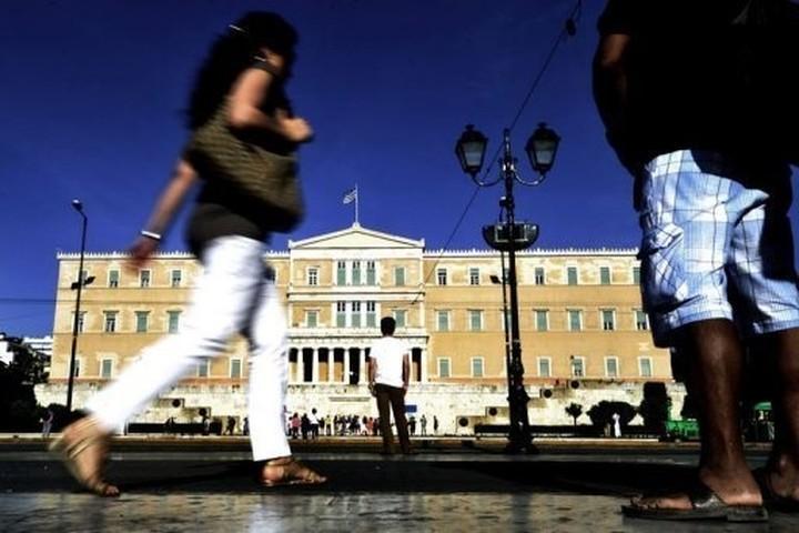 «Εξοδο» της Ελλάδας από το ευρώ θέλει το 83% των Γερμανών