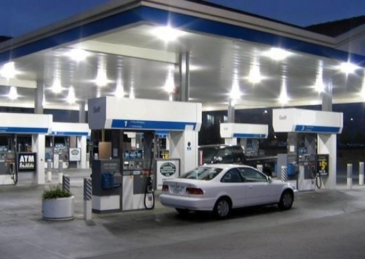 Δείτε online ποιο βενζινάδικο πουλάει την φθηνότερη βενζίνη στη γειτονιά σας