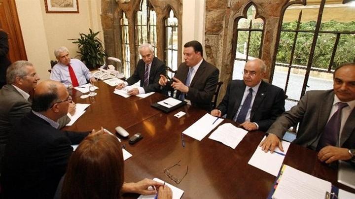 Κάνει πίσω η Κύπρος για τον μηχανισμό στήριξης; Θα πάρει δάνειο απο Κίνα - Ρωσία;