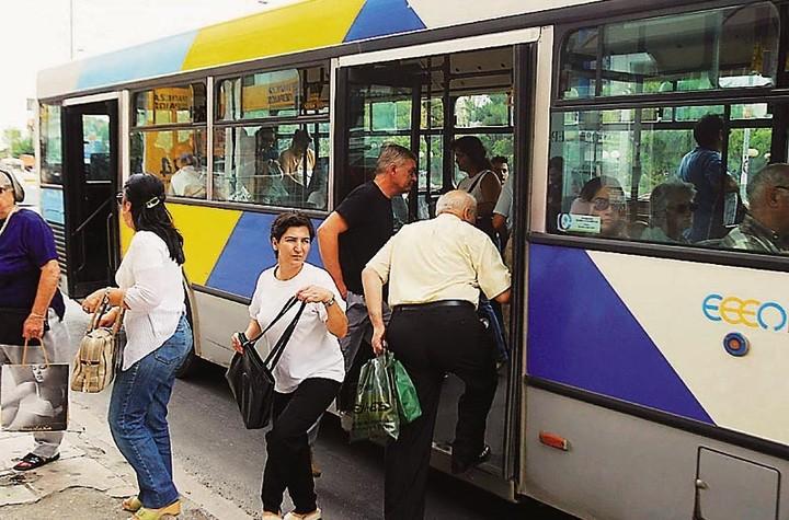 Tι αλλάζει στο πρόγραμμα των μέσων μαζικής μεταφοράς - Ποια δρομολόγια ενισχύονται