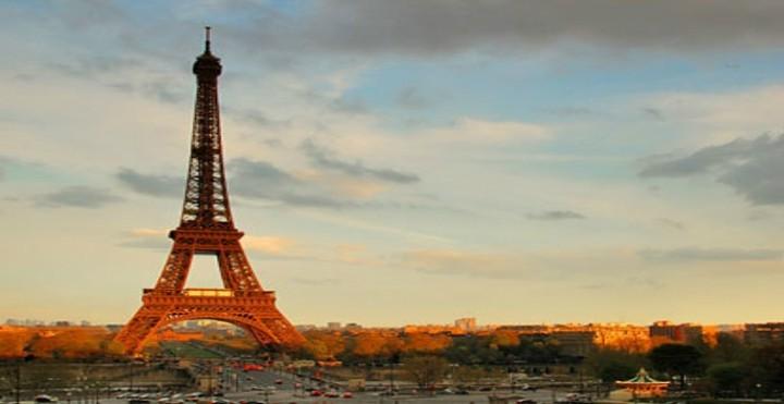 Γαλλία: «Να δράσουμε ενάντια στην κρίση» καλεί ο Ζαν-Μαρκ Ερό