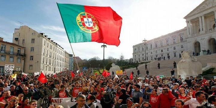 Στο 36,6% η ανεργία των νέων στη Πορτογαλία ...«μεταναστεύστε» η συμβουλή του πρωθυπουργού