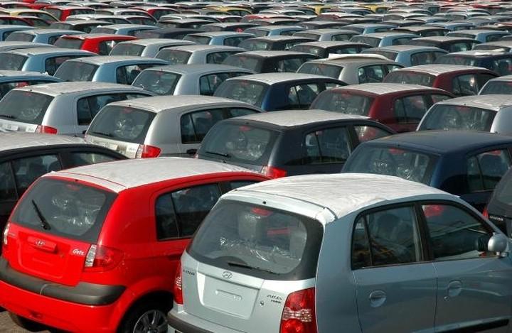 Σε κατάρρευση η αγορά αυτοκινήτου