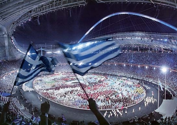 Time: To ναυάγιο της ολυμπιακής Ελλάδας του 2004
