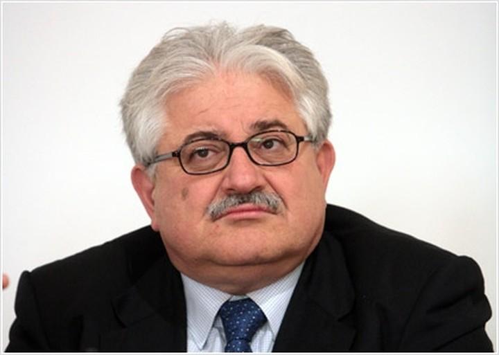 """""""Μεγάλο λάθος η παραίτηση Ν. Νικολόπουλου"""""""