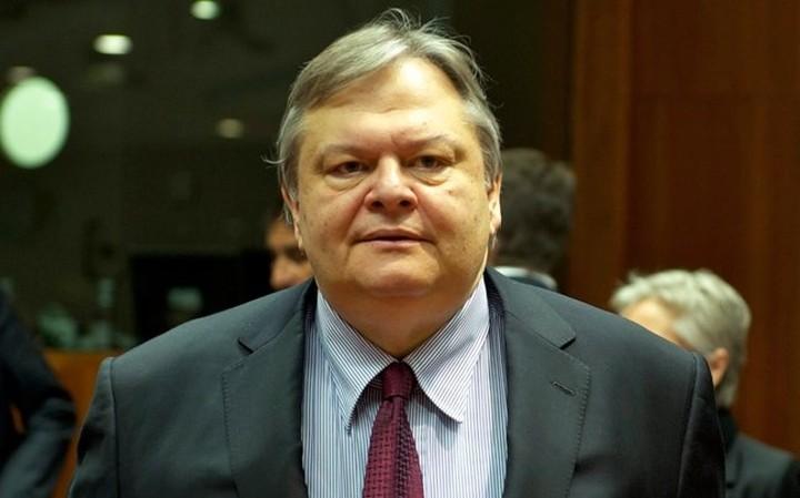 Βενιζέλος: Δεν υπονομεύω τον υπουργό Οικονομικών