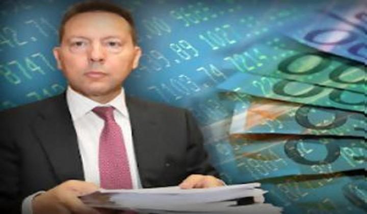 Εννέα υπουργοί βάζουν τις δαπάνες στο «τραπέζι του Προκρούστη»