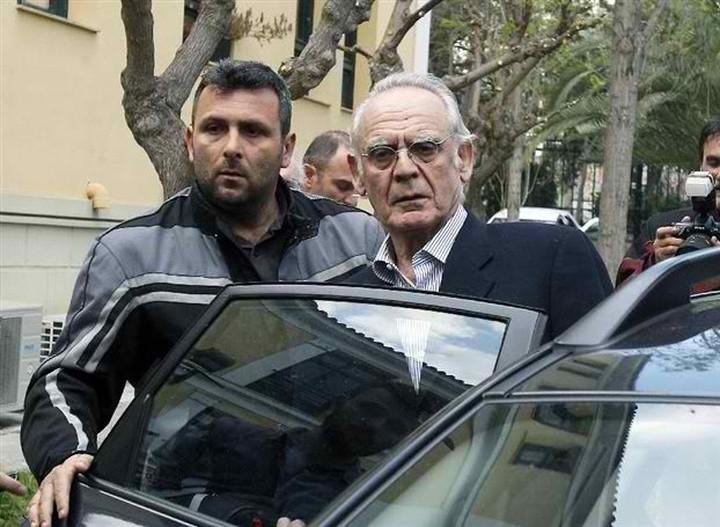 Ποια στελέχη του ΠΑΣΟΚ ζητά να κληθούν στη Δικαιοσύνη ο Τσοχατζόπουλος