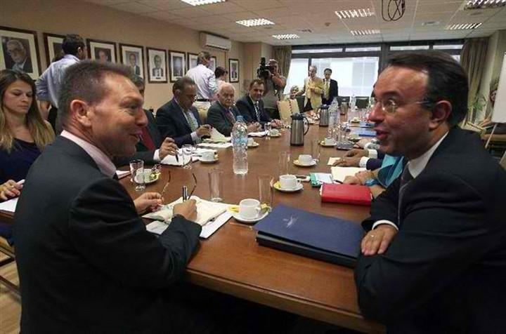 Περιστολή δαπανών αποφάσισε η διυπουργική