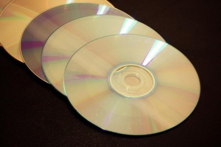 Επικρίνει το Βερολίνο την αγορά cd με στοιχεία για Γερμανούς φοροφυγάδες