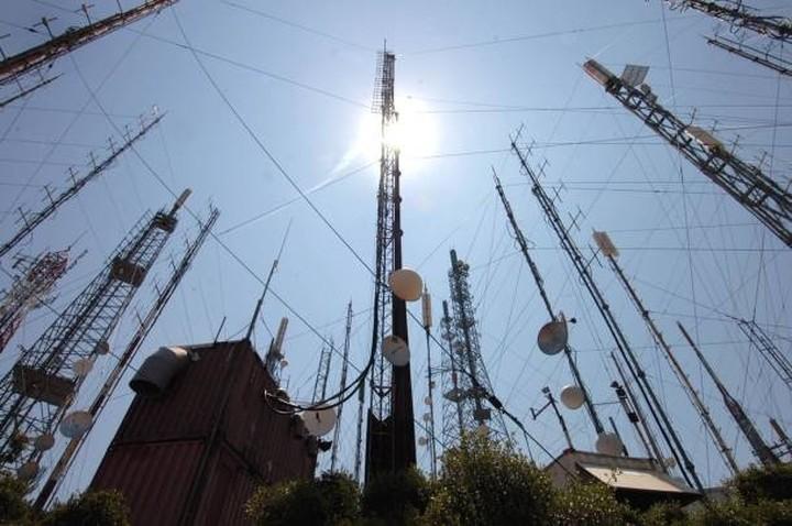 Μόνο ψηφιακό σήμα από το κέντρο εκπομπής του Υμηττού