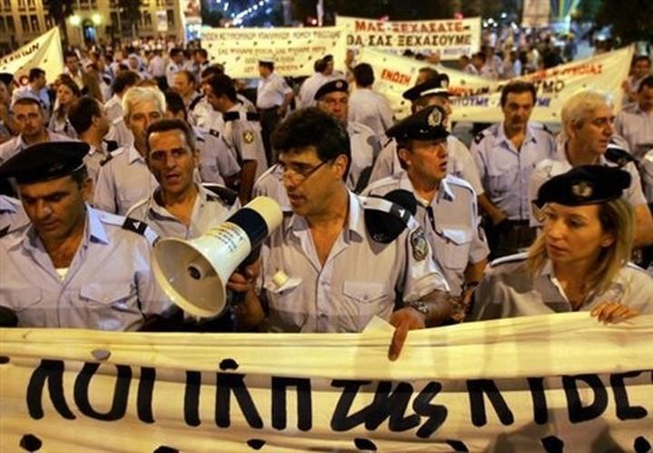 «Να εκπαιδευτούν οι αστυνομικοί στα νέα τους καθήκοντα»