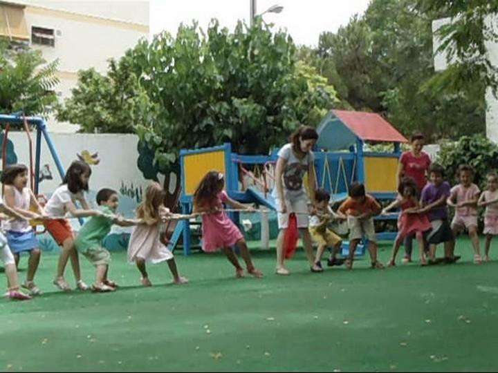 Χιλιάδες παιδιά μένουν εκτός παιδικών σταθμών - Κάλεσμα Κ. Ασκούνη
