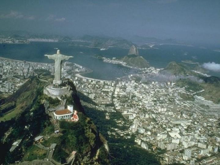 Σχέδιο-μαμούθ 53,5 δισ. ευρώ για την αναζωογόνηση της οικονομίας ανακοίνωσε η Βραζιλία