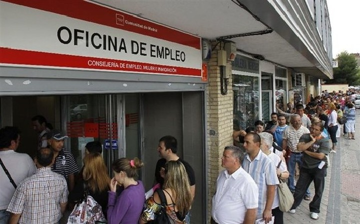Aυξήθηκε το ποσοστό ανεργίας στην Ισπανία τον Αύγουστο