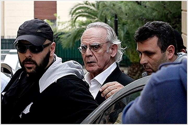«Συκοφαντικές επιθέσεις» εναντίον του καταγγέλλει ο Ακης Τσοχατζόπουλος