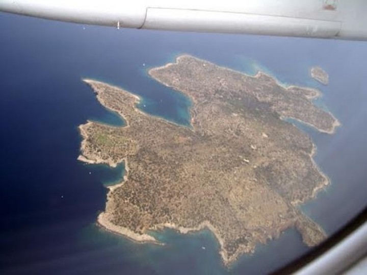Ποια 40 νησιά  νοικιάζονται