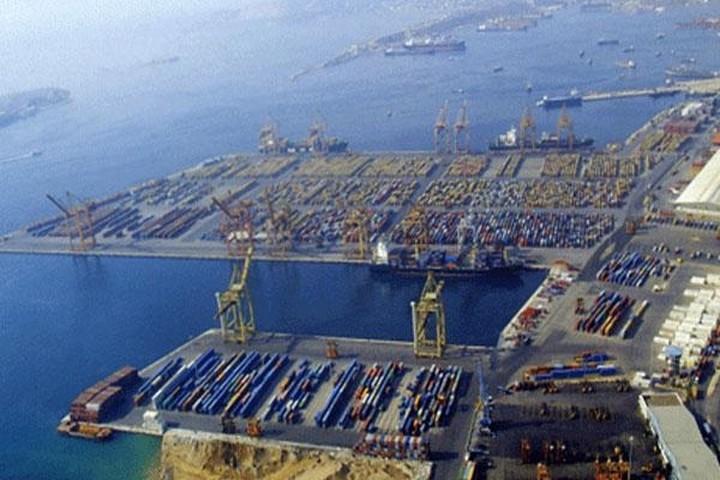 Ζωηρό ενδιαφέρον από ξένες αυτοκινητοβιομηχανίες για το λιμάνι του Πειραιά
