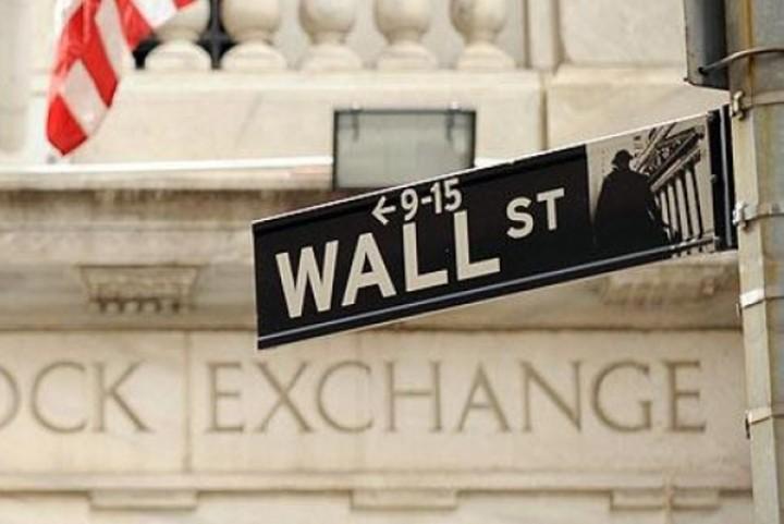 Η Κύπρος έριξε τη Wall Street