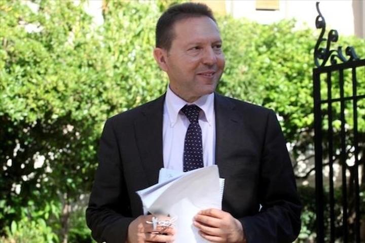Στουρνάρας: Το ΥΠΟΙΚ δεν παρεμβαίνει σε τυχόν μείωση των επιτοκίων καταθέσεων