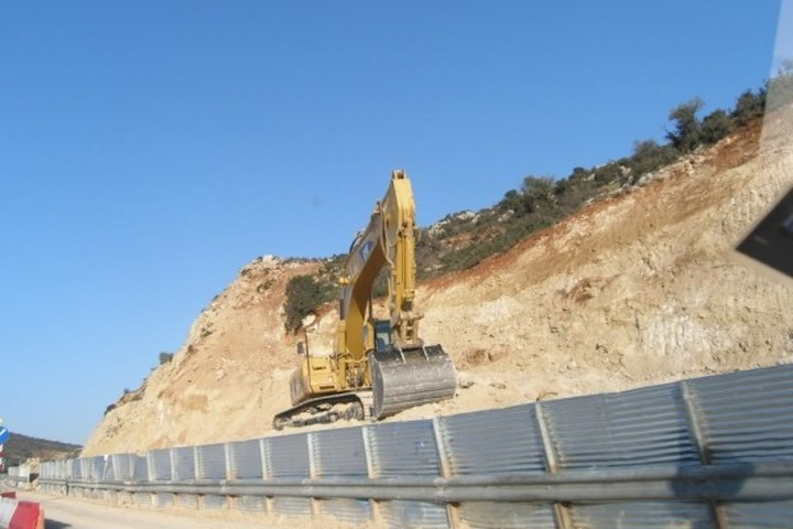 Περιβαλλοντική αδειοδότηση σε έξι μήνες για τα μεγάλα έργα