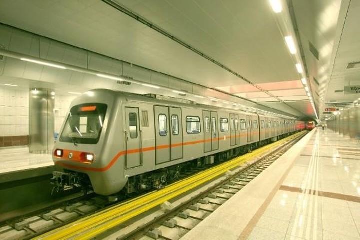 Στάση εργασίας στο μετρό την Πρωτομαγιά