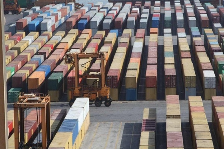 Μείωση 7,8% στις εξαγωγές το Μάρτιο