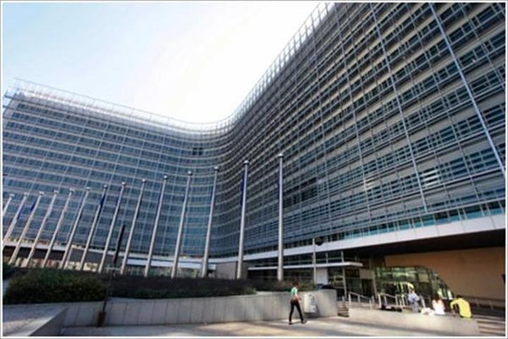 Κομισιόν: 400 εκατ. στην Ελλάδα το 2014 για ανάπτυξη και θέσεις εργασίας