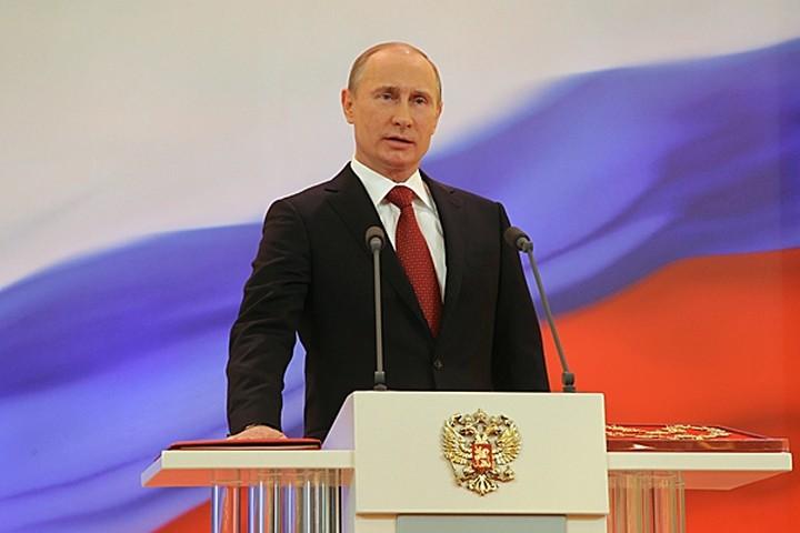 Πούτιν: «Τραγωδία» η ανεργία στην Ελλάδα
