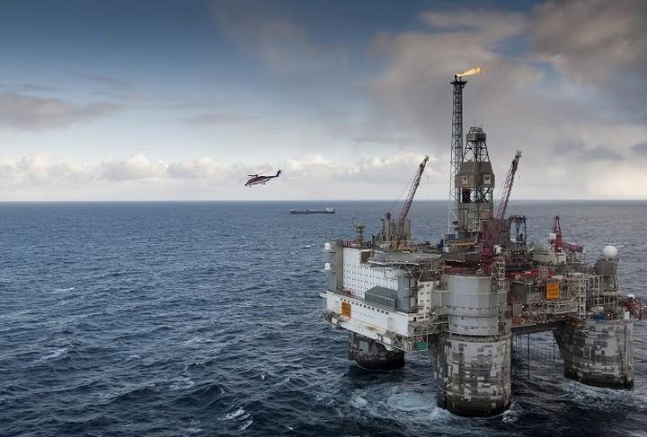 Διεκδικούν το πετρέλαιο στο Κατάκολο, ενώ έφυγαν νύχτα από τις Φιλιππίνες