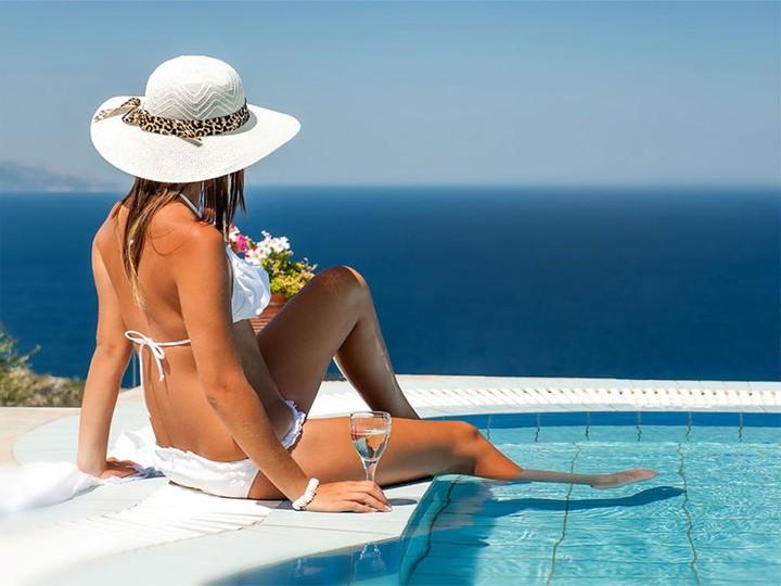 Βρείτε πόσο κοστίζουν τα ξενοδοχεία σε Ελλάδα και Ευρώπη τον Ιούλιο