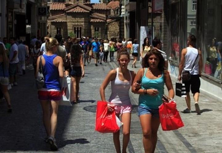 Επτά Κυριακές το χρόνο ανοικτά όλα τα εμπορικά καταστήματα