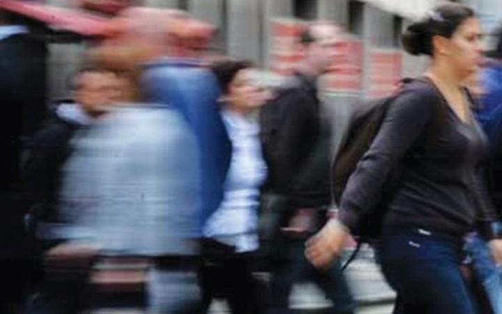"""Στο 27,9% """"σκαρφάλωσε"""" η ανεργία τον Ιούνιο"""
