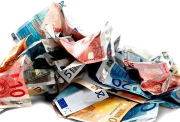 Εκθεση - βόμβα! Η διαφθορά στην Ελλάδα κοστίζει 12 δισ. ετησίως