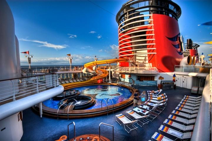 Πιάνει Πειραιά το πλοίο της Walt Disney -Πόσο κοστίζει η επιβίβαση