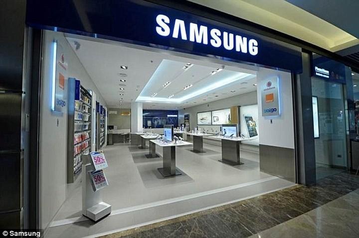 Έρχονται τα Samsung Stores