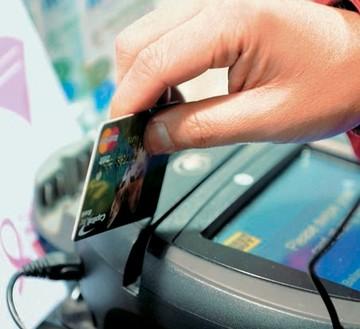 «Μπούμ» προπληρωμένων καρτών στην αγορά – Ποιες είναι πόσο κοστίζουν