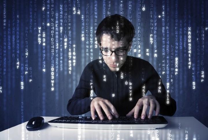 Προσοχή! Κακόβουλο λογισμικό χτυπάει κινητά και tablets