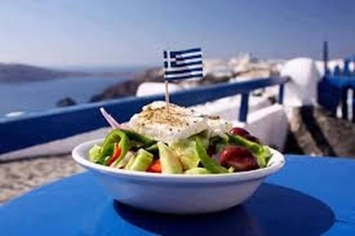 Ευρωπαίοι τουριστικοί εκπρόσωποι μπήκαν στον γαστρονομικό «κύκλο ζωής» στην Ελλάδα