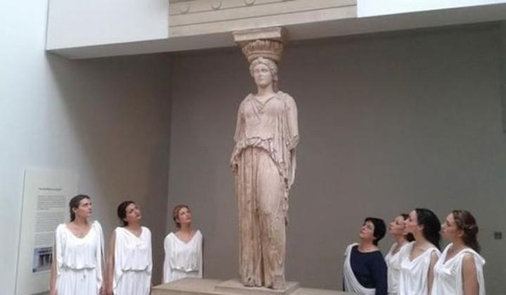 Εξι Ελληνίδες Καρυάτιδες, στο Βρετανικό, αναζητούν τη χαμένη «αδερφή τους»