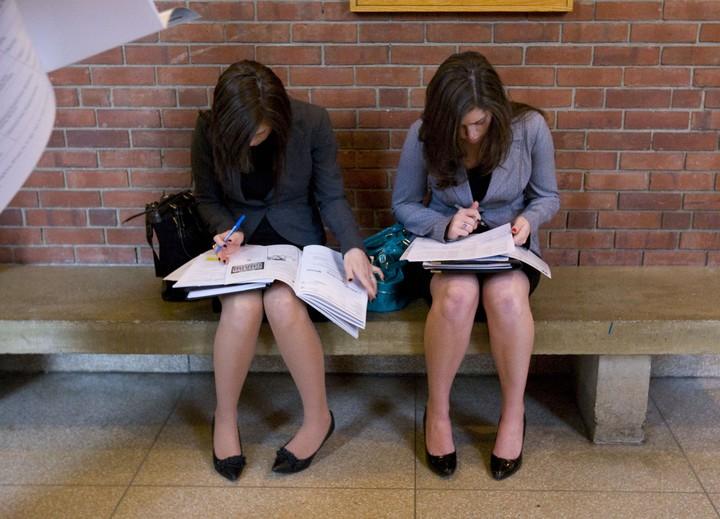 Δύο κολοσσοί προσφέρουν δουλειά - Oλες οι λεπτομέρειες